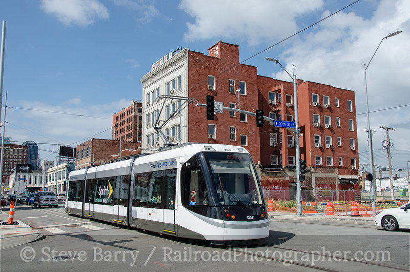 Photo 3825<br /> KC Streetcar; Kansas City, Missouri<br /> July 4, 2016