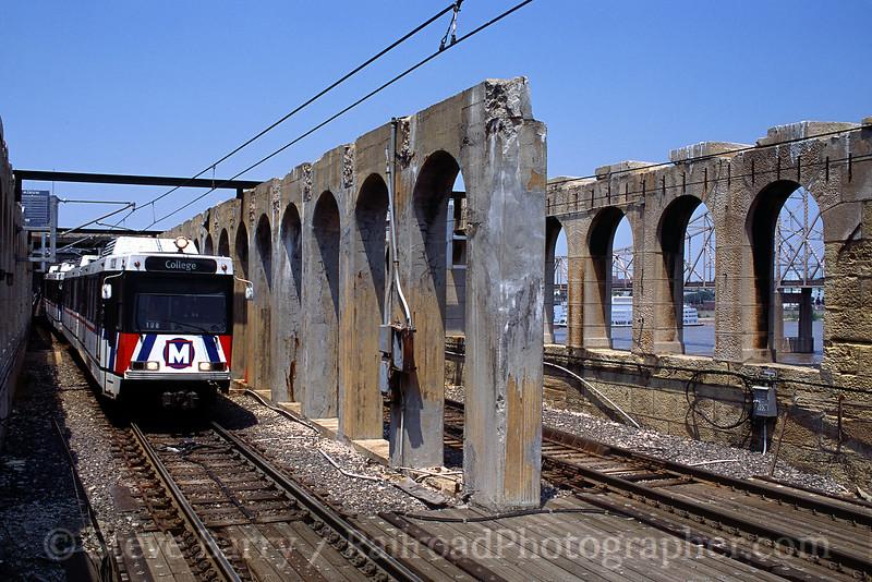 Photo 0511<br /> Metrolink; Eads Bridge, East St. Louis, Illinois<br /> June 2001