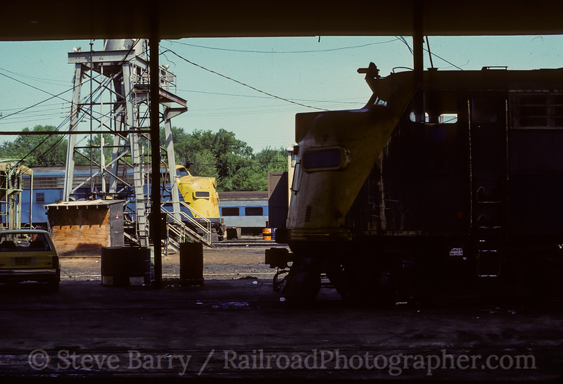 Photo 4491<br /> Metro North<br /> Croton-On-Hudson, New York<br /> September 1983