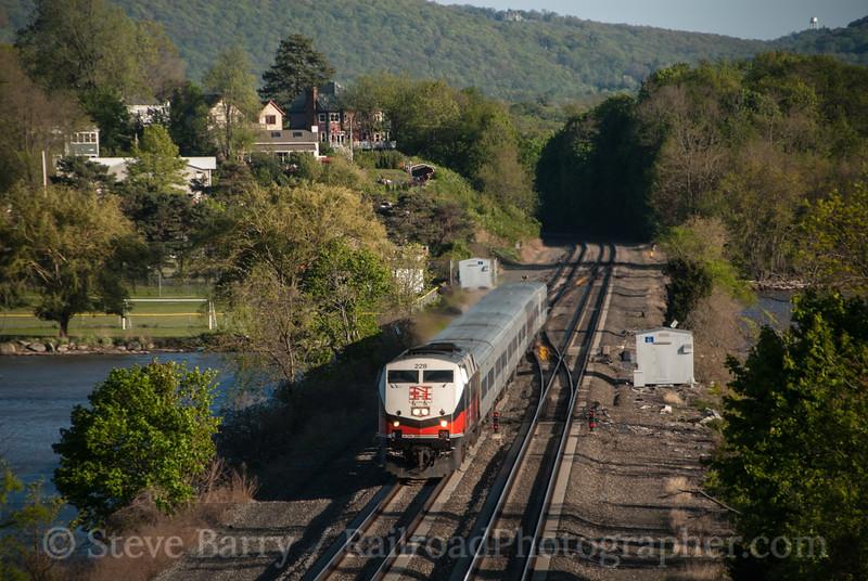 Photo 2564<br /> Metro-North; Cold Spring, New York<br /> April 29, 2012