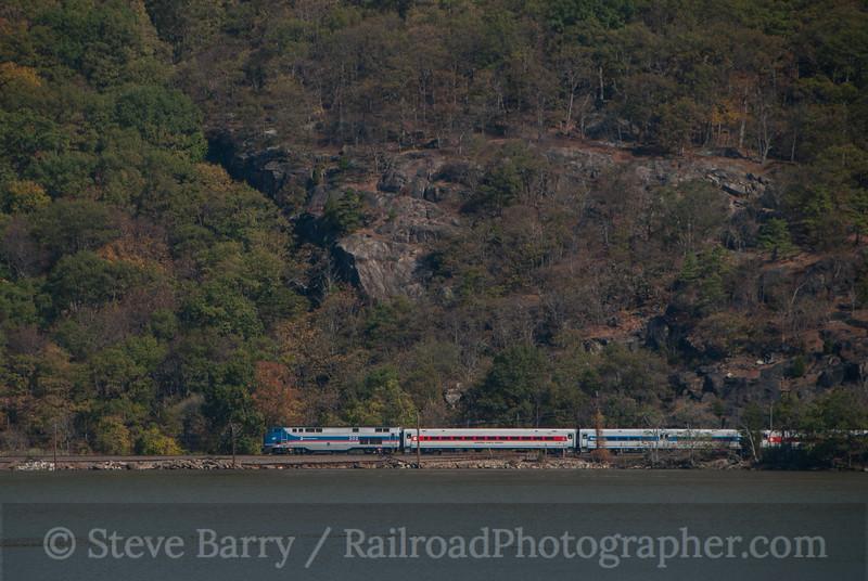 Photo 3237<br /> Metro North; Peekskill, New York<br /> October 25, 2014