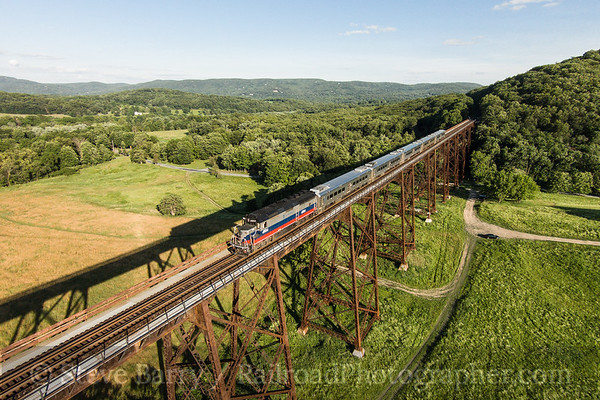 Photo 3434 Metro North; Moodna Viaduct, Salisbury Mills, New York June 22, 2015