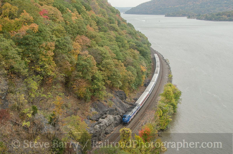 Photo 2818<br /> Metro North; Bear Mountain, New York<br /> October 19, 2013