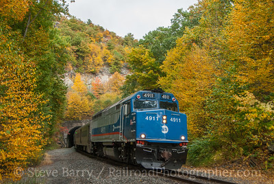 Photo 3220 Metro-North; Otisville, New York October 2, 2014