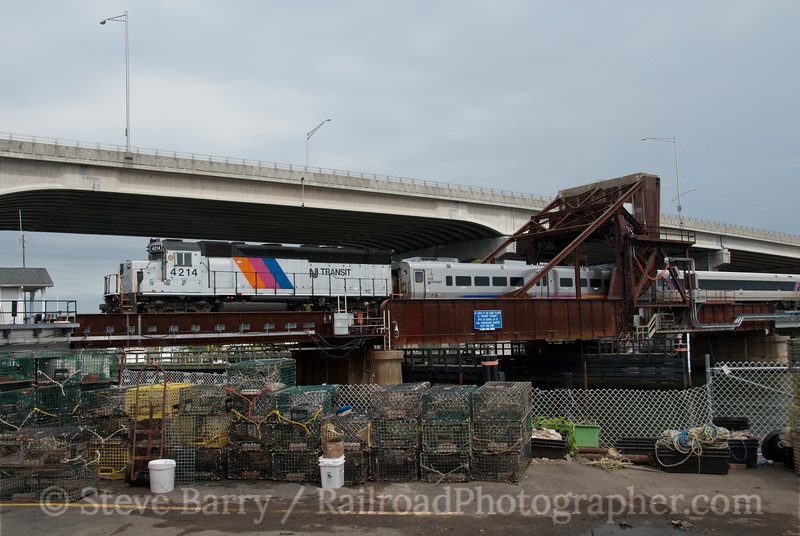 Photo 2076<br /> New Jersey Transit; Shark River, Belmar, New Jersey<br /> May 13, 2011