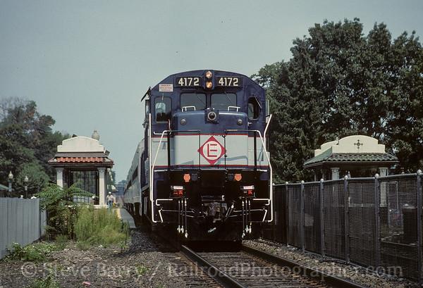 Photo 3595 New Jersey Transit; Ridgewood, New Jersey August 27, 1994