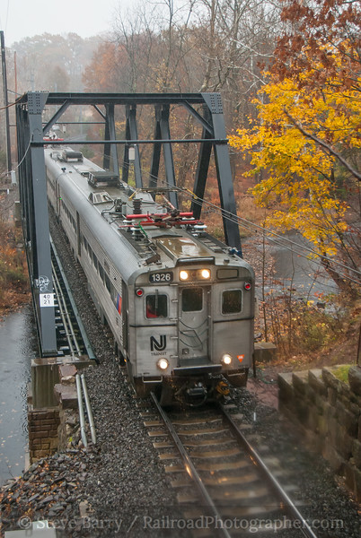 Photo 3245<br /> New Jersey Transit; Peapack, New Jersey<br /> November 6, 2014