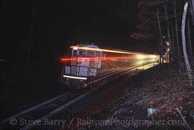 Photo 0364<br /> New Jersey Transit; Mount Olive, New Jersey<br /> December 16, 1999