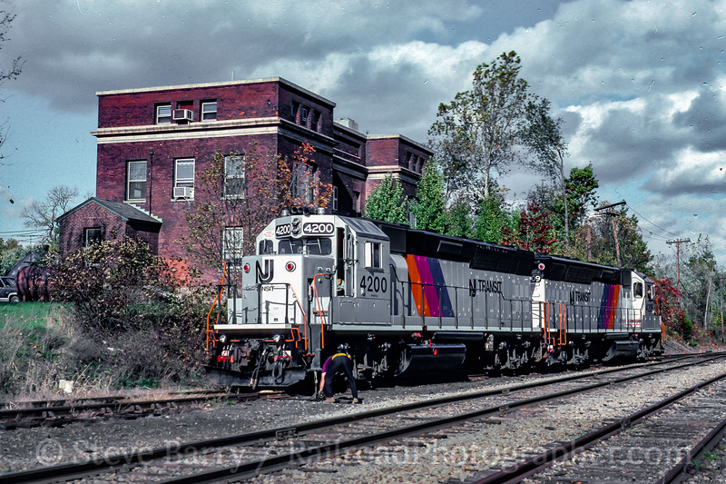 NJ Transit (on NYS&W); Warwick NY; 10/1995