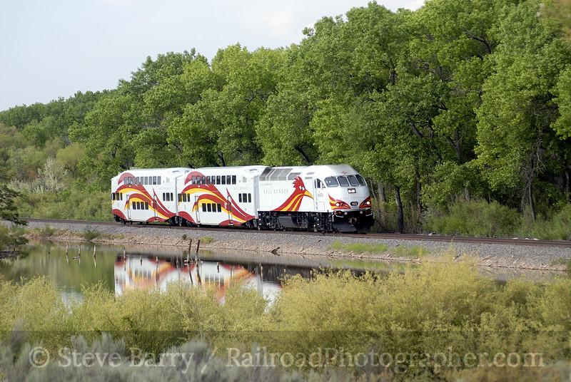 Photo 0951<br /> New Mexico Rail Runner; Isleta, New Mexico<br /> May 16, 2007