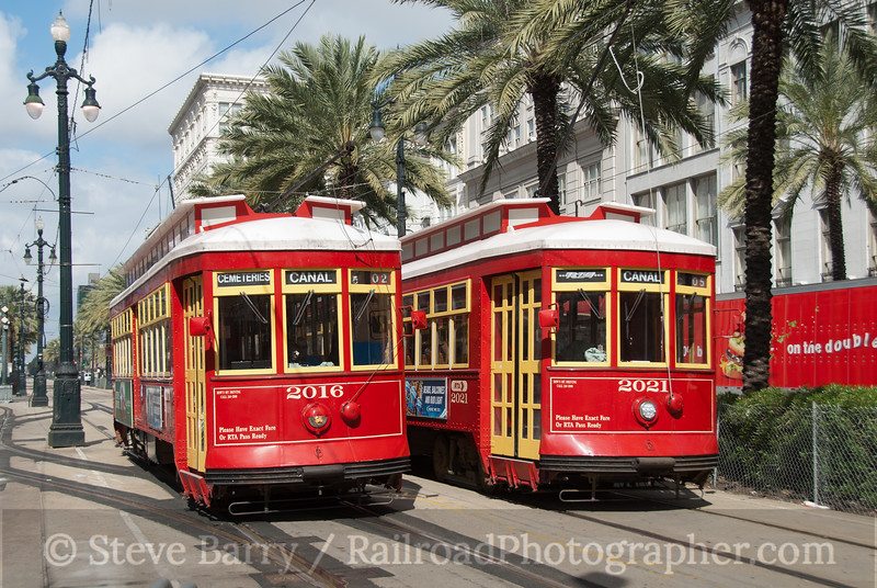 Photo 2018<br /> New Orleans Regional Transit Authority; Canal & St. Charles, New Orleans, Louisiana<br /> February 21, 2011