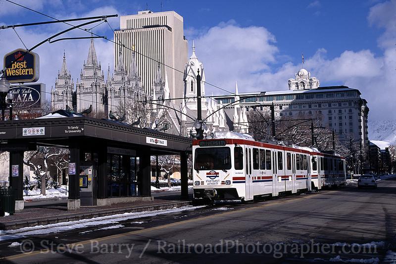 Photo 0473<br /> UTA Trax; Temple Square, Salt Lake City, Utah<br /> March 2004
