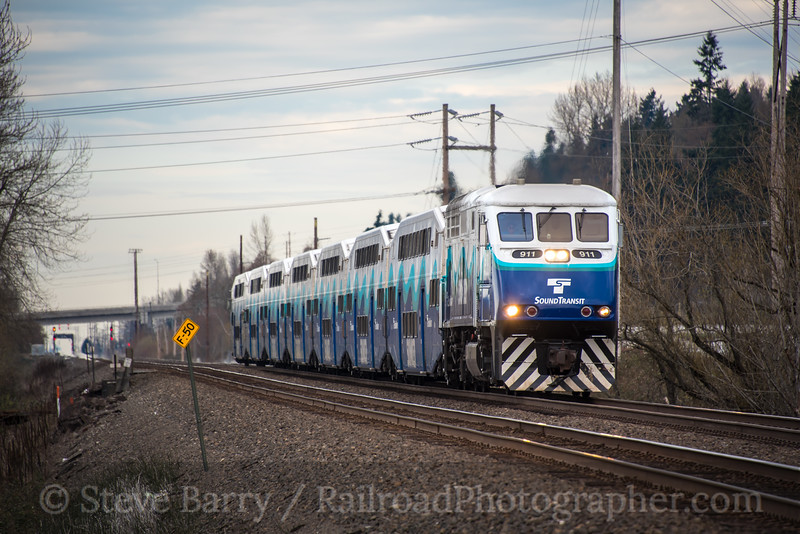 Photo 4619<br /> Sounder (Sound Transit)<br /> Sumner, Washington<br /> March 21, 2018