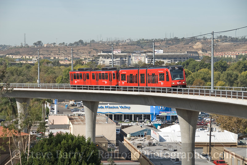Photo 1689<br /> San Diego Trolley; Grantville, California<br /> October 29, 2009