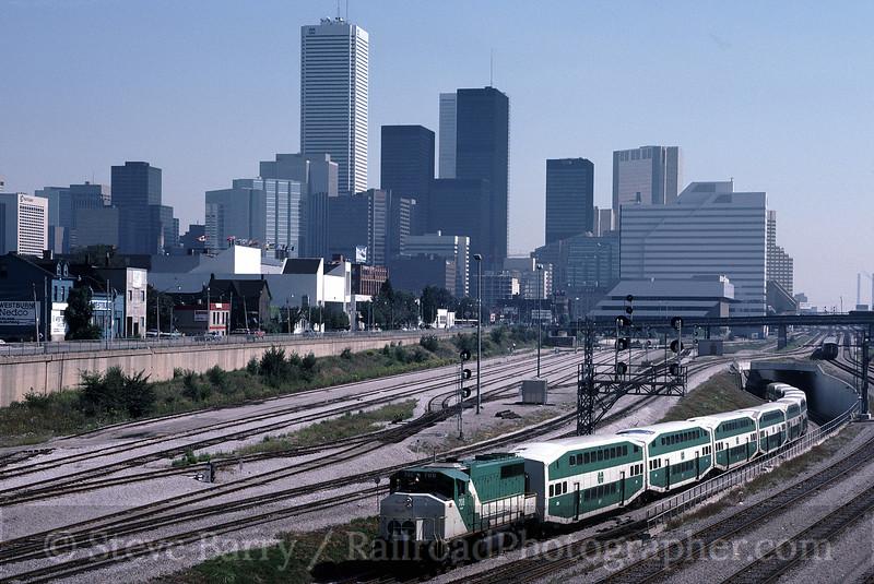 Photo 0824<br /> GO Transit; Toronto, Ontario