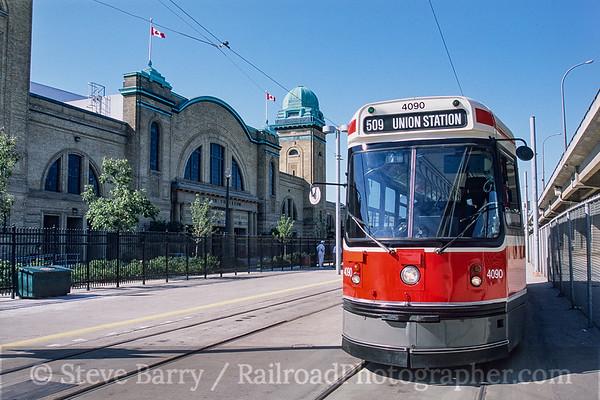 Photo 3780 Toronto Transit Commission; Exhibition Loop, Toronto, Ontario September 2005