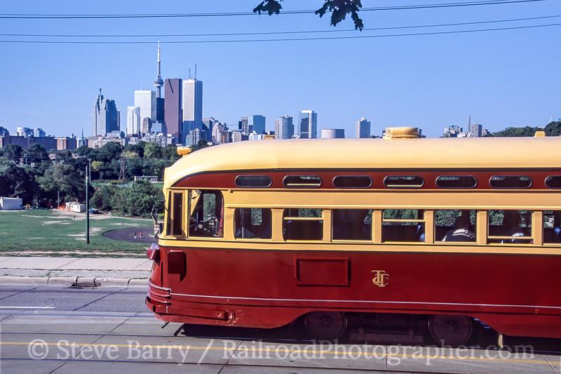 Photo 0888<br /> Toronto Transit Commission; Toronto, Ontario<br /> September 2005
