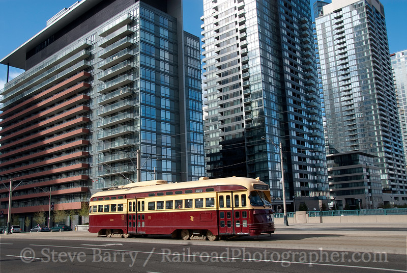 Photo 1850<br /> Toronto Transit Commission; Queen's Quay, Toronto, Ontario<br /> April 17, 2010
