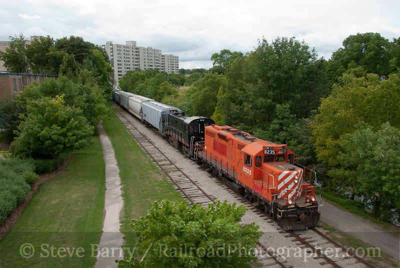Photo 2188<br /> Guelph Junction (OSL); Guelph, Ontario<br /> August 25, 2011