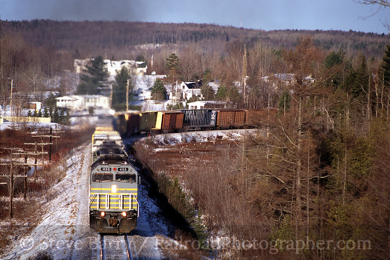 Photo 0113<br /> Canadian American; Stukely-Sud, Quebec<br /> April 6, 2000