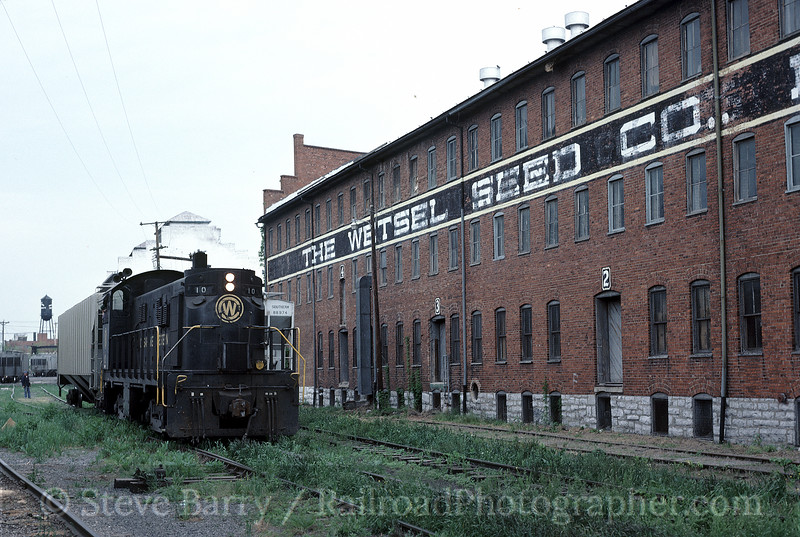 Photo 1304<br /> Chesapeake Western; Harrisonburg, Virginia