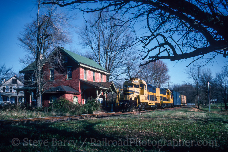 Photo 4636<br /> Octoraro<br /> Lincoln University, Pennsylvania<br /> November 1993