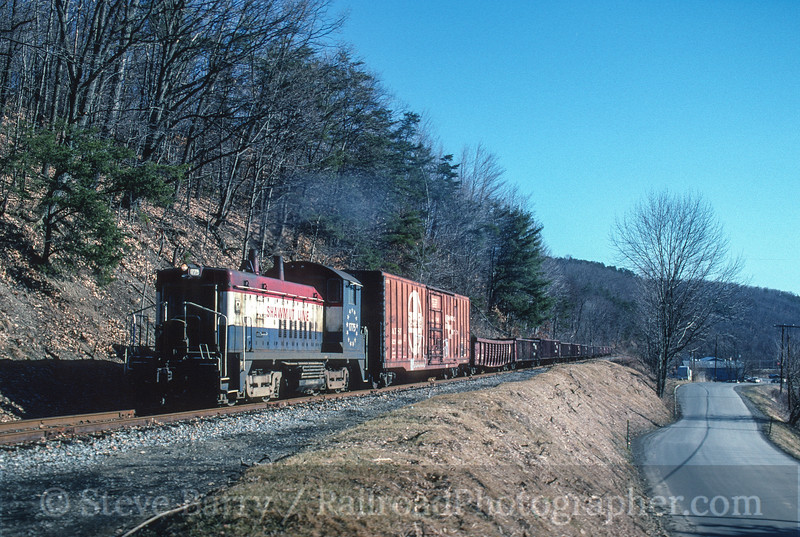Photo 3766<br /> Lycoming Valley; Jersey Shore, Pennsylvania<br /> February 25, 1997