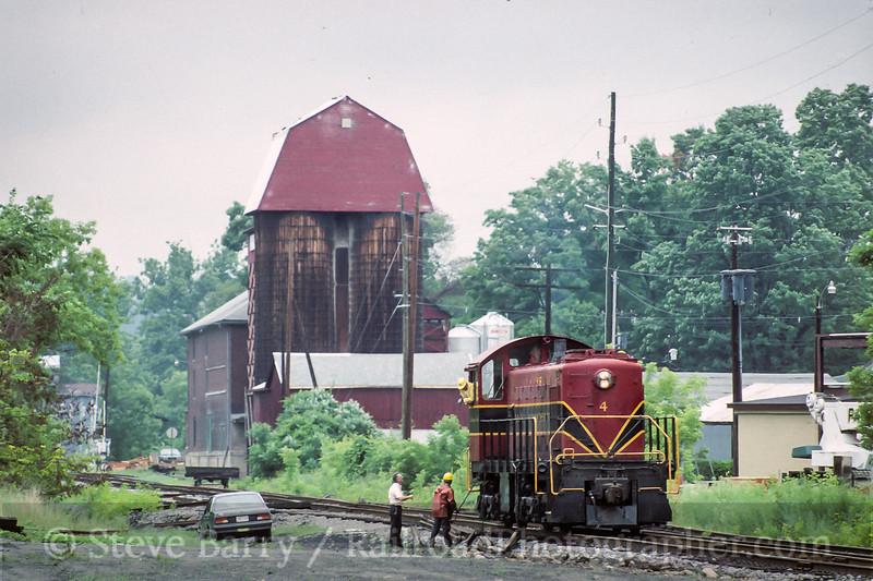 Photo 4452<br /> Bath & Hammondsport<br /> Bath, New York<br /> July 1993