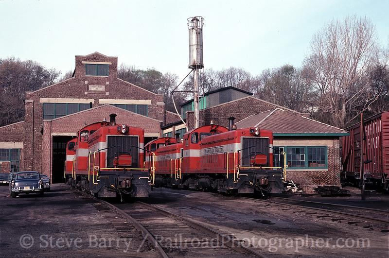 Photo 1254<br /> Raritan River<br /> South Amboy, New Jersey<br /> April 21, 1980