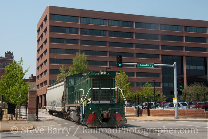 Photo 2059<br /> Manufacturers Railway; Anhauser Busch, St. Louis, Missouri<br /> April 19, 2011