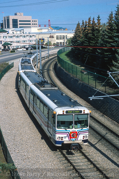 Photo 4197<br /> Calgary Transit; Calgary, Alberta<br /> May 2004