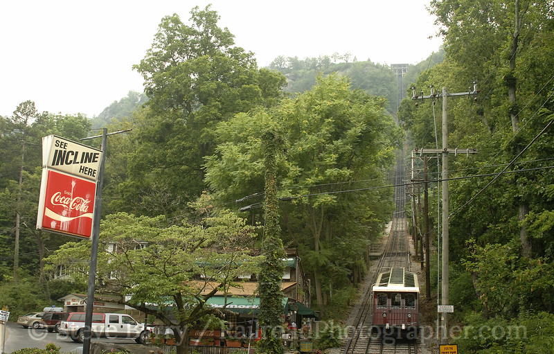 Photo 0941<br /> Lookout Mountain Incline; Chattanooga, Tennessee<br /> July 9, 2007