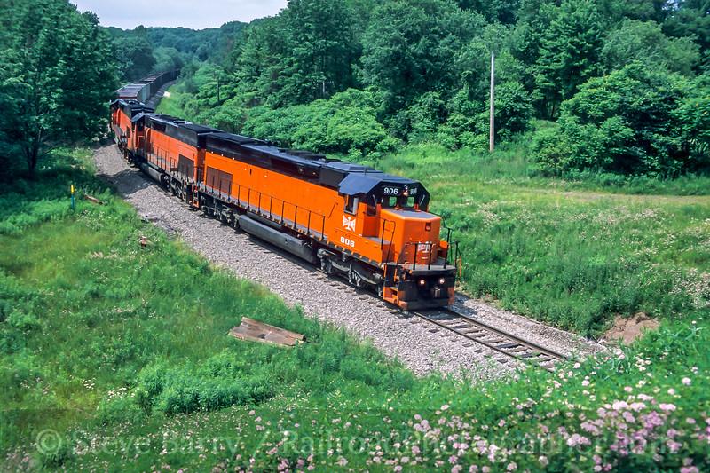 Bessemer & Lake Erie; Osgood PA; 6/2004