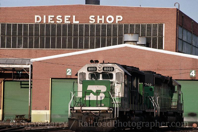 Photo 0068<br /> Burlington Northern; Springfield, Missouri<br /> April 10, 1993