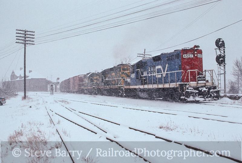Photo 2893<br /> Central Vermont; Palmer, Massachusetts<br /> February 1990
