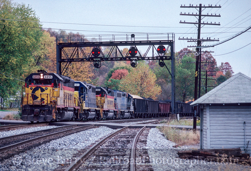 Photo 2870<br /> CSX Transportation; Grafton, West Virginia<br /> October 1991