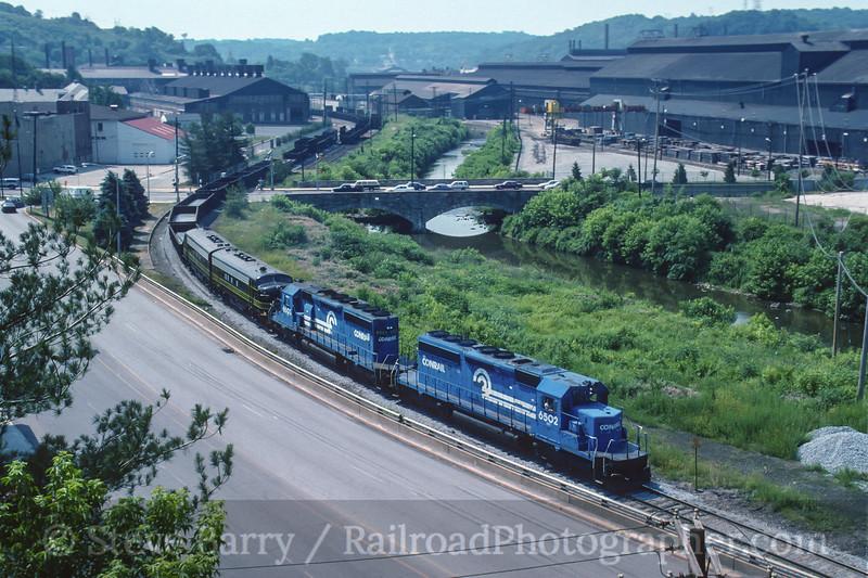 Conrail; Coatesville, Pennsylvania<br /> June 1995