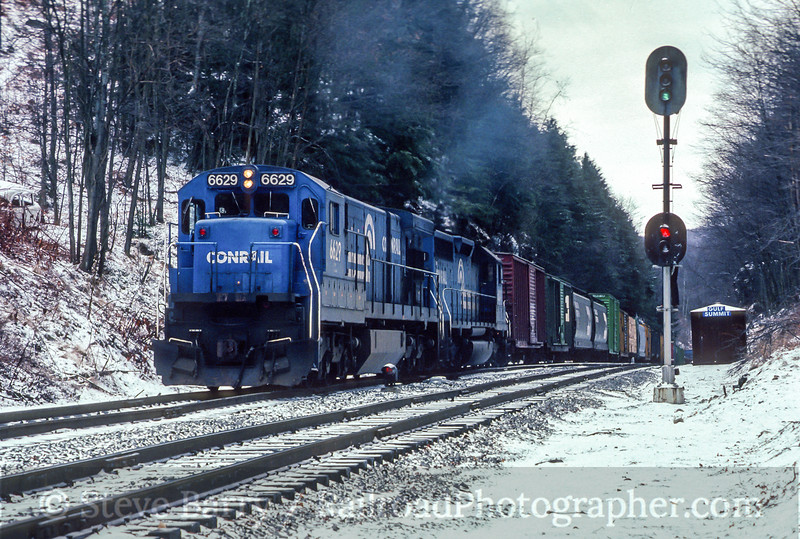 Photo 4485<br /> Conrail<br /> Gulf Summit, New York<br /> February 1989