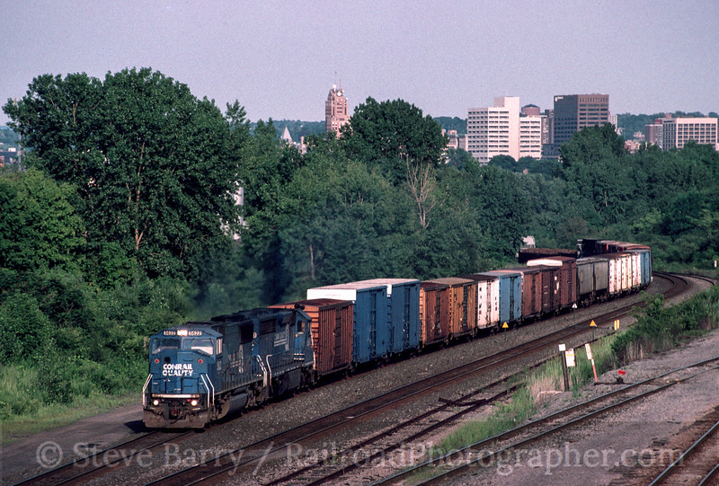 Photo 2206<br /> Conrail; Syracuse, New York<br /> July 21, 1998