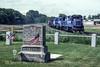 Photo 5024<br /> Conrail<br /> Dreibelbis Cemetery, Fleetwood, Pennsylvania<br /> May 1993