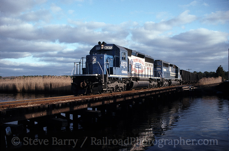 Photo 0822<br /> Conrail; Petersburg, New Jersey<br /> December 27, 1992