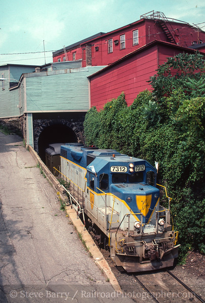 Photo 2492 Vermont Rail System; Bellows Falls, Vermont July 31, 1999