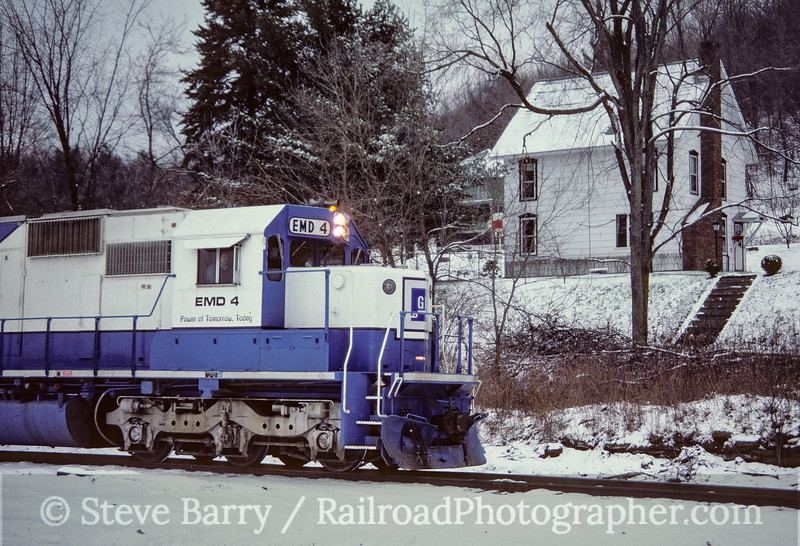 Photo 5177<br /> Delaware & Hudson<br /> Lanesboro, Pennsylvania<br /> December 1985