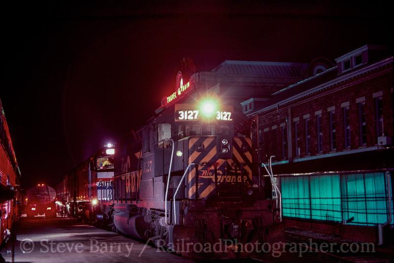 Photo 2981 Denver & Rio Grande Western; Denver Union Station, Denver, Colorado May 1985