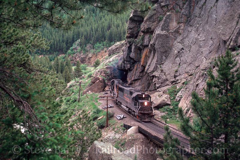 Photo 2986 Denver & Rio Grande Western; Tunnel 27, Pinecliffe, Colorado June 1988