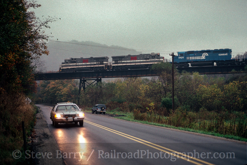 Photo 2517<br /> Monongahela Railway; Rogersville, Pennsylvania<br /> October 1993