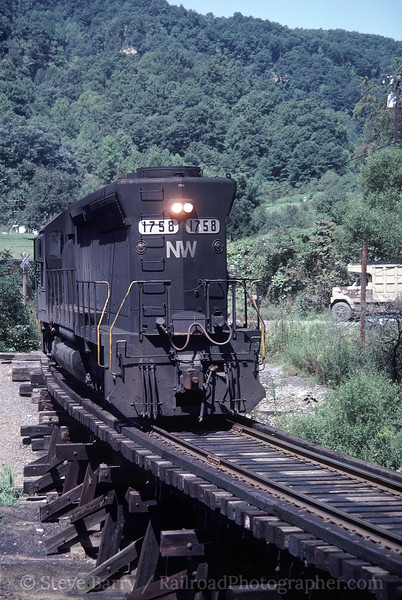 Photo 1676<br /> Norfolk & Western; Banner, Virginia