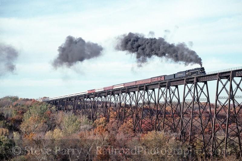 Photo 1718<br /> Chesapeake & Ohio 614<br /> Moodna Viaduct, Salisbury Mills, New York