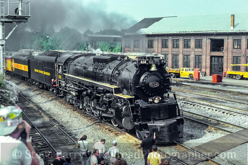 Photo 5029<br /> Chesapeake & Ohio 614<br /> Martinsburg, West Virginia<br /> September 14, 1980
