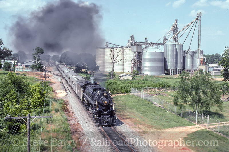 Photo 5382<br /> Cotton Belt 819<br /> Dexter, Missouri<br /> June 1990